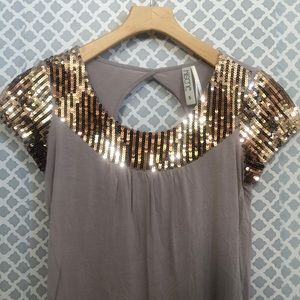 Kische blush pink gold sequin top w/ keyhole back